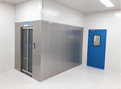 9-1 6米深高端全不锈钢感应移门风淋室.jpg